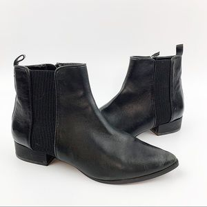 DKNY Talie Black Leather Chelsea Ankle Boots Sz 7